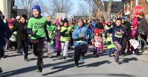 kids running in Kingston Ontario